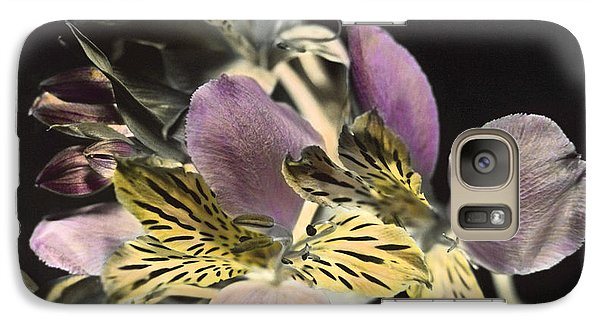 Galaxy Case featuring the photograph Alstroemeria by Lana Enderle