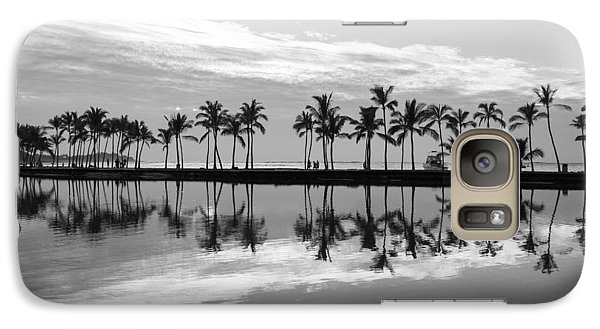 Galaxy Case featuring the photograph Anaehoomalu Bay by Scott Rackers