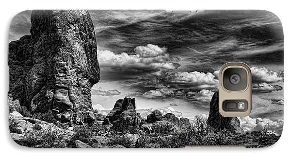 Galaxy Case featuring the photograph Arches National Park by Shirley Mangini