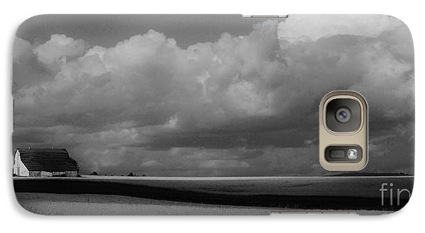 Galaxy Case featuring the photograph Aroostook Wheat Field by Christopher Mace