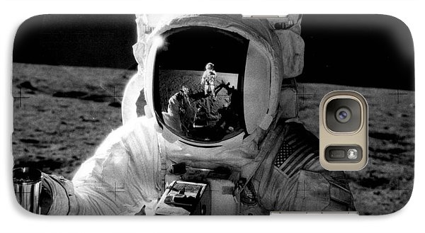 Astronaut Galaxy S7 Case - Astronaut On The Moon by Retro Images Archive