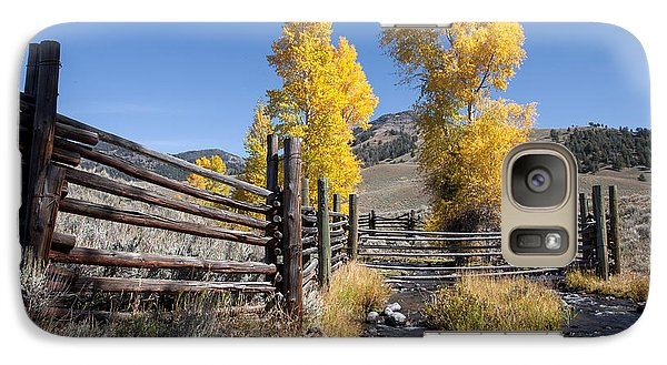Galaxy Case featuring the photograph Autumn At The Lamar Buffalo Ranch by Jack Bell