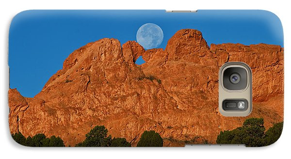 Galaxy Case featuring the photograph Balancing Act by Ronda Kimbrow