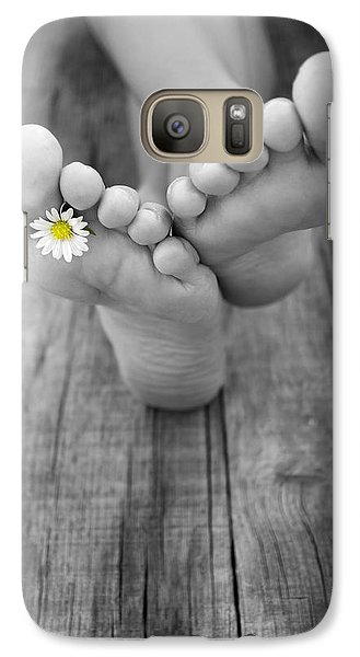 Daisy Galaxy S7 Case - Barefoot by Aged Pixel