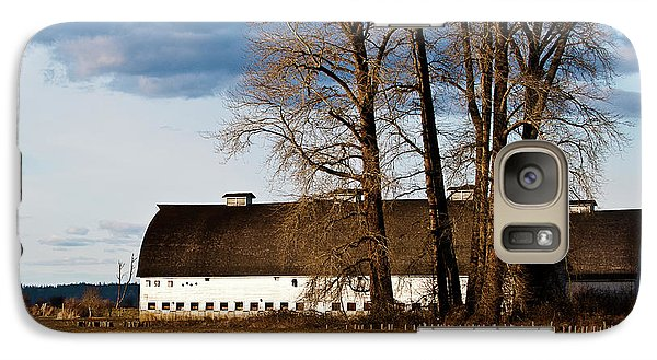 Galaxy Case featuring the photograph Barn And Trees by Ron Roberts