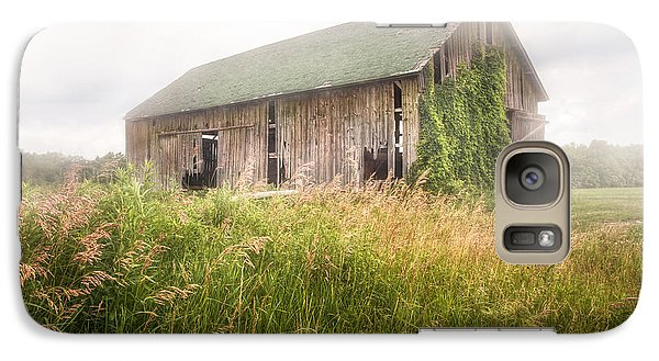 Galaxy Case featuring the photograph Barn In A Misty Field by Gary Heller