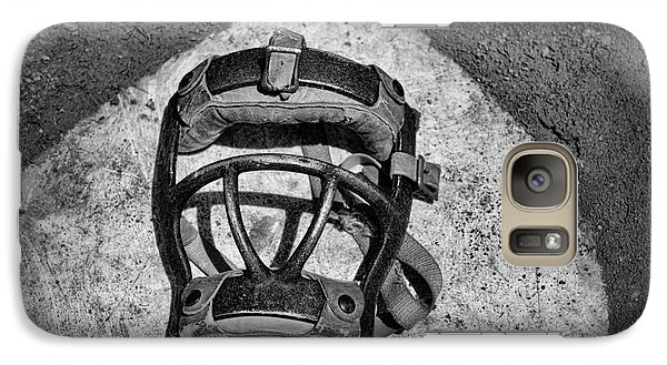 Baseball Galaxy S7 Case - Baseball Catchers Mask Vintage In Black And White by Paul Ward