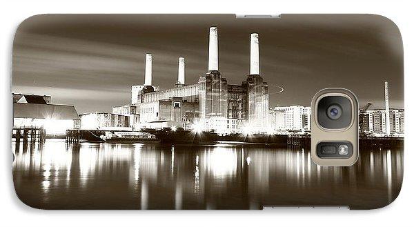 Galaxy Case featuring the photograph Battersea Power Station by Mariusz Czajkowski