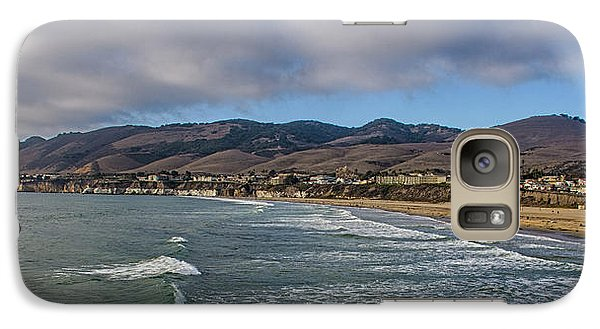 Galaxy Case featuring the photograph Beach Community by Joseph Hollingsworth