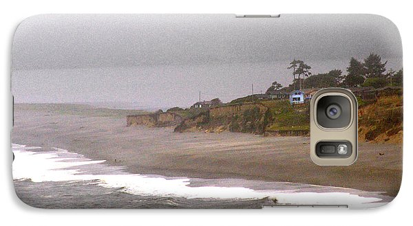 Galaxy Case featuring the photograph Beach House by Thomas Bomstad