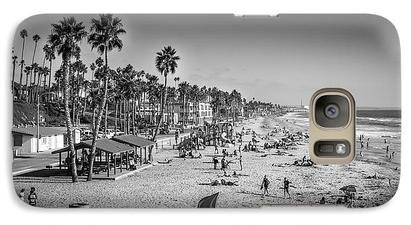 Galaxy Case featuring the photograph Beach Life From Yesteryear by John Wadleigh
