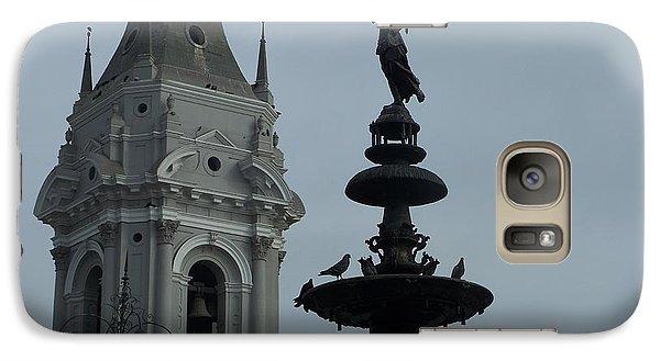 Galaxy Case featuring the photograph Birds On Fountain by Marilyn Zalatan