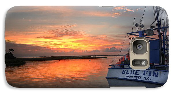 Galaxy Case featuring the photograph Blue Fin Morning by Terry Rowe