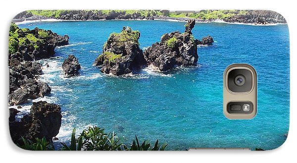 Galaxy Case featuring the photograph Blue Hawaiian Lagoon Near Blacksand Beach On Maui by Amy McDaniel