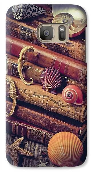 Books And Sea Shells Galaxy S7 Case