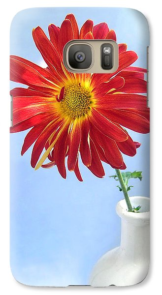 Galaxy Case featuring the photograph Bright Day Daisy by Louise Kumpf
