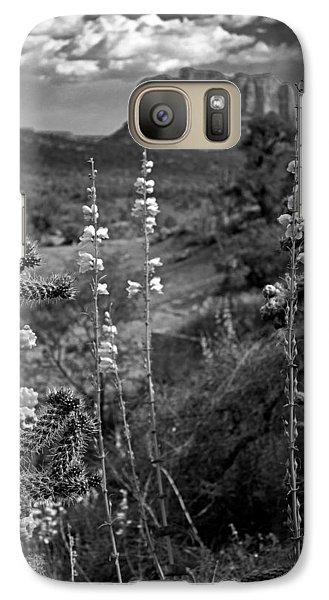 Galaxy Case featuring the photograph Cactus Flowers And Courthouse Bluff Bw by Dave Garner