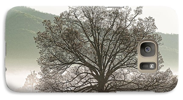 Galaxy Case featuring the photograph Cades Cove Tree by Phyllis Peterson