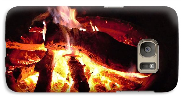 Galaxy Case featuring the photograph Campfire by Ludwig Keck