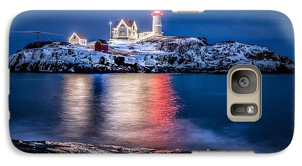 Galaxy Case featuring the photograph Cape Neddick Lighthouse by Robert Clifford