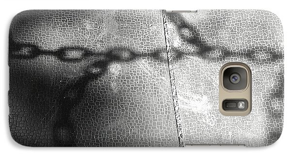 Galaxy Case featuring the photograph Chain Ladder by James Aiken