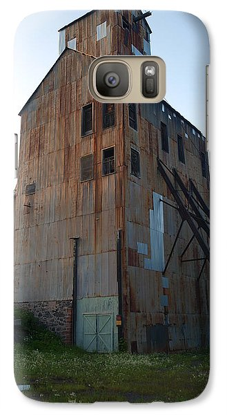 Galaxy Case featuring the photograph Champion Mine Shafthouse by Jenessa Rahn