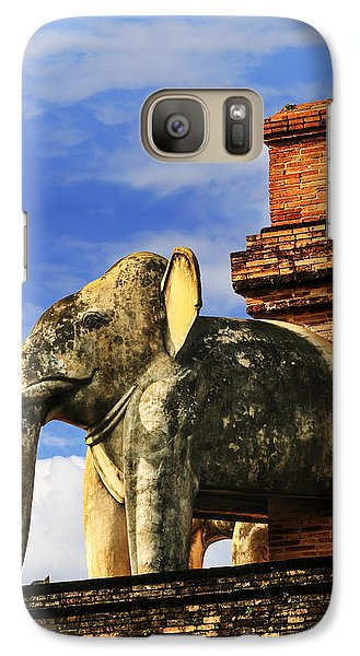 Galaxy Case featuring the photograph Chiang Mai Elephant by Rob Tullis
