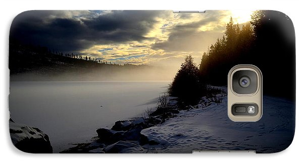 Galaxy Case featuring the photograph Chute Lake Winter by Guy Hoffman