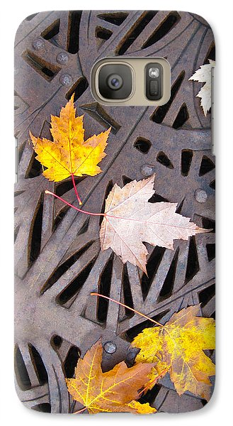 Galaxy Case featuring the photograph City Meets Nature by Cheryl Perin