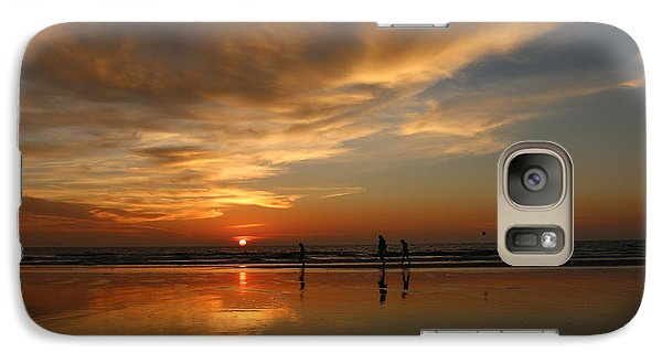 Clam Digging At Sunset -1  Galaxy S7 Case