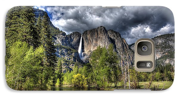 Galaxy Case featuring the photograph Cloudy Day In Yosemite by Shawn Everhart