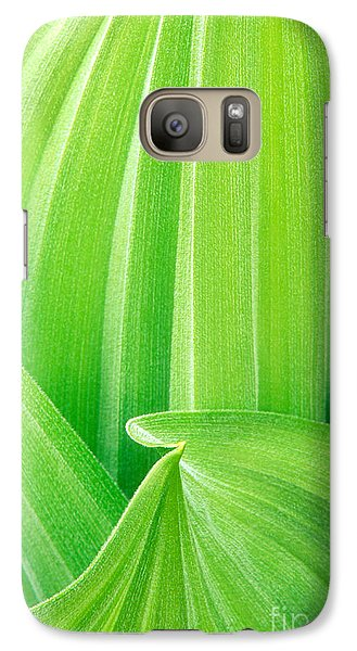 Galaxy Case featuring the photograph Corn Lily Leaf Detail Yosemite Np California by Dave Welling