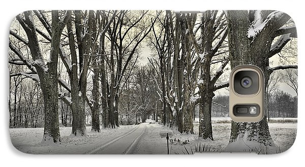 Galaxy Case featuring the photograph Country Lane In Winter by Wendell Thompson