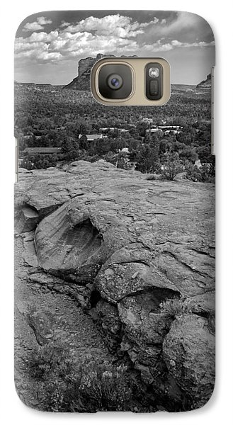 Galaxy Case featuring the photograph Courthouse Butte In Sedona Bw by Dave Garner