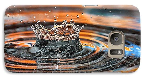 Galaxy Case featuring the photograph Crown Shaped Water Drop Macro by Teresa Zieba