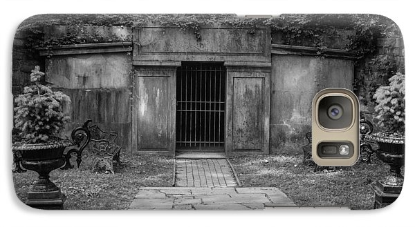 Galaxy Case featuring the photograph Crypt At Belle Meade Mansion by Robert Hebert