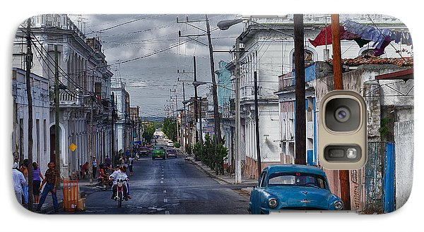 Galaxy Case featuring the photograph Cuba Traffic by Juergen Klust