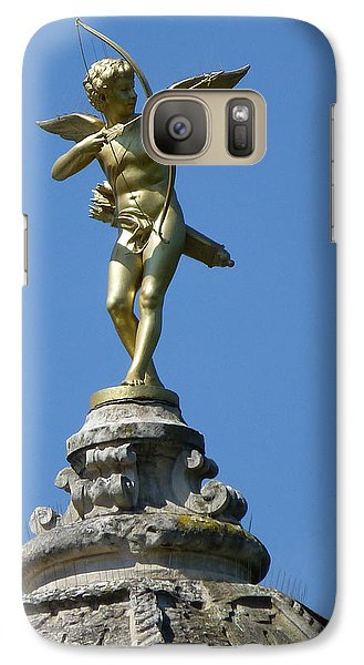 Galaxy Case featuring the photograph Cupid On Le Pavillon-elysee In Paris by Susan Alvaro