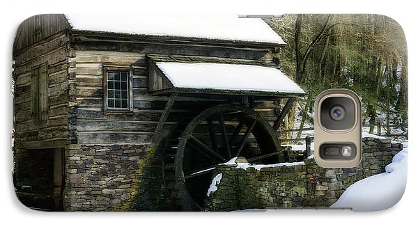 Galaxy Case featuring the photograph Cuttalossa Farm In Winter by Debra Fedchin