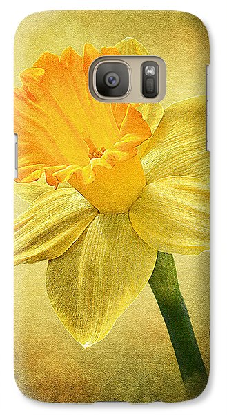 Galaxy Case featuring the photograph Daffodil by Ann Lauwers