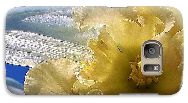Galaxy Case featuring the photograph Daffodil In The Sun by Bruce Bley