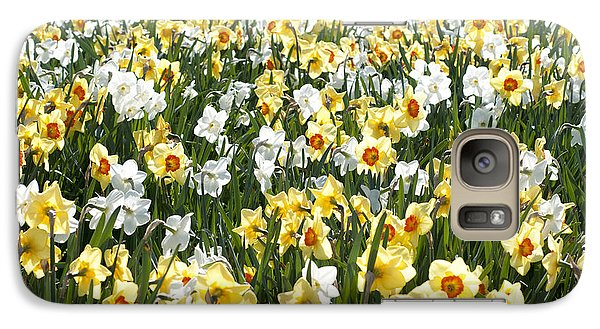Galaxy Case featuring the photograph Daffodils by Lana Enderle
