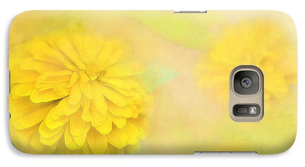 Galaxy Case featuring the photograph Dahlia Dream by Linda Blair