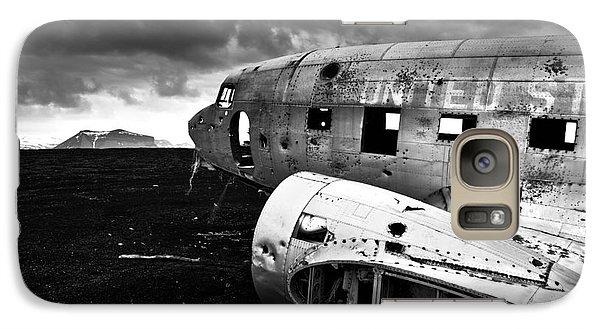 Galaxy Case featuring the photograph Dc-3 Iceland by Gunnar Orn Arnason