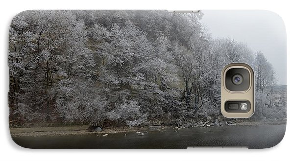 Galaxy Case featuring the photograph December Morning On The River by Felicia Tica