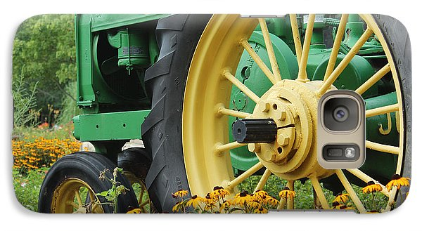 Galaxy Case featuring the photograph Deere 2 by Lynn Sprowl