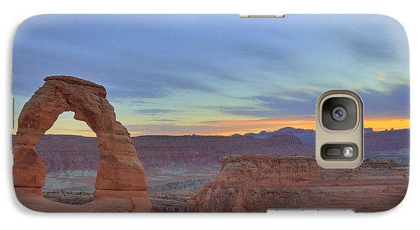 Galaxy Case featuring the photograph Delicate Arch At Sunset by Alan Vance Ley