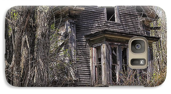 Galaxy Case featuring the photograph Derelict House by Marty Saccone
