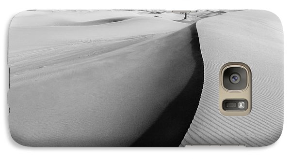 Galaxy Case featuring the photograph Desert Palm by Justin Albrecht