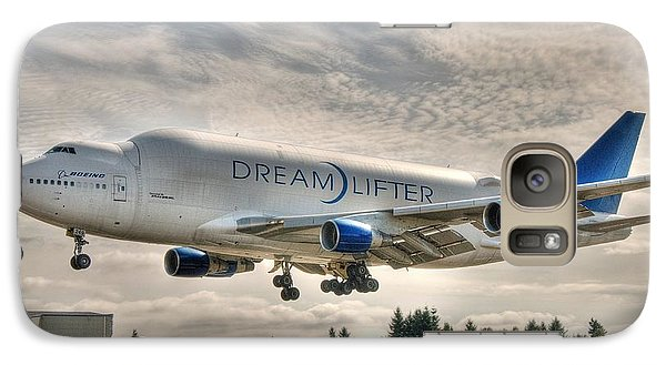 Galaxy Case featuring the photograph Dreamlifter Landing 1 by Jeff Cook